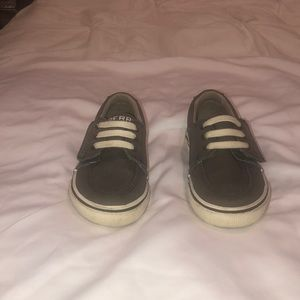 Sperry Topsiders Toddler —- Size 7